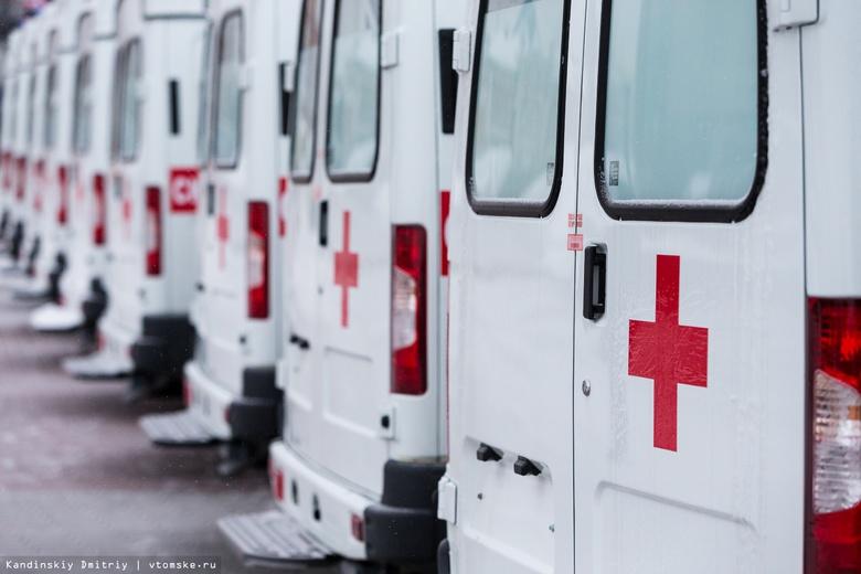 Автопарки больниц Томской области пополнились 10 машинами скорой помощи