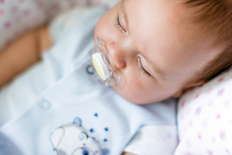 Почти 20 пар двойняшек родились в Томской области в июле