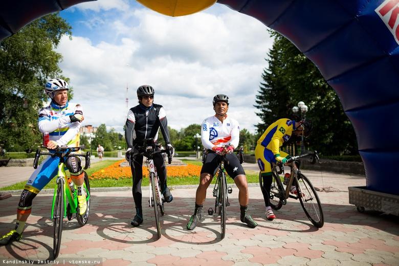 «Гравийка не пугает»: участники длиннейшей велогонки в мире выехали из Томска в Красноярск