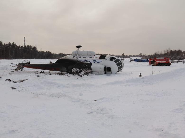 МЧС: 5 человек пострадали в результате жесткой посадки Ми-8 в Томской области
