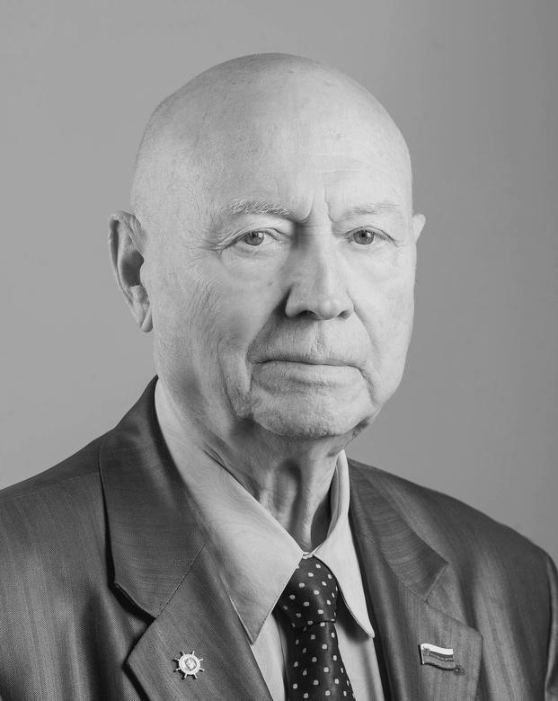 Бывший директор СХК Геннадий Хандорин скончался на 89 году жизни