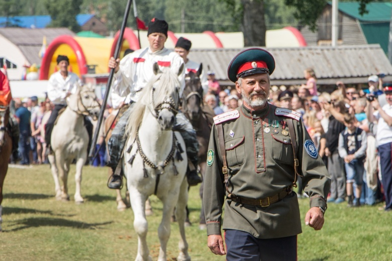Обряды и обычаи: как прошел фестиваль «Братина» в Кривошеино