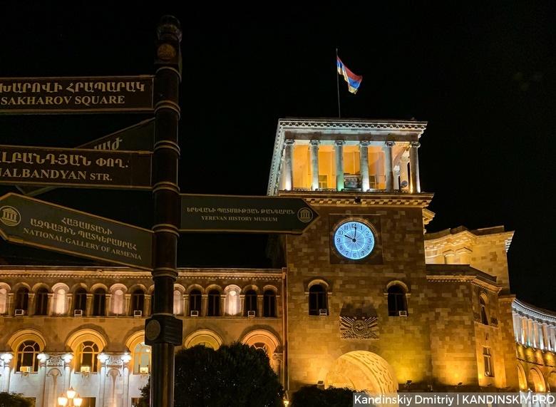 Военные против Пашиняна и «палаточная» оппозиция. Что происходит в Армении?