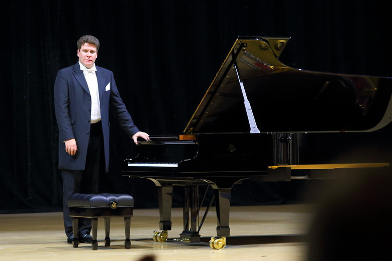 Жвачкин попросил пианиста Мацуева чаще приезжать в Томск с гастролями