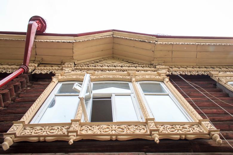 Столетние ворота на Октябрьской в Томске демонтировали после шторма