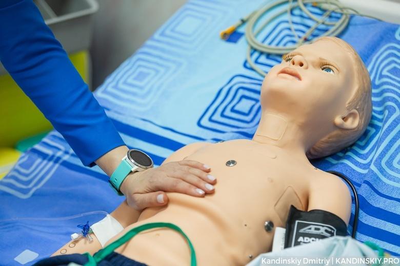 От робота к человеку: как СибГМУ тренирует будущих врачей