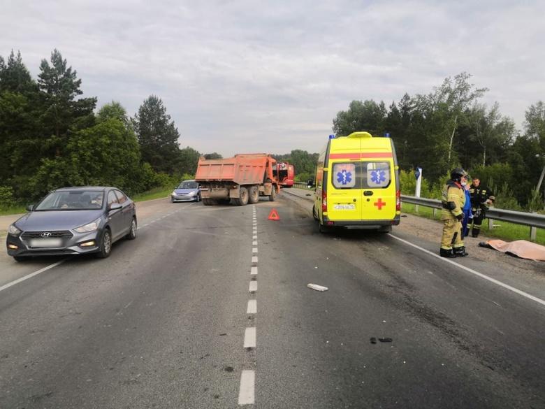 Мотоциклист погиб в тройном ДТП под Томском