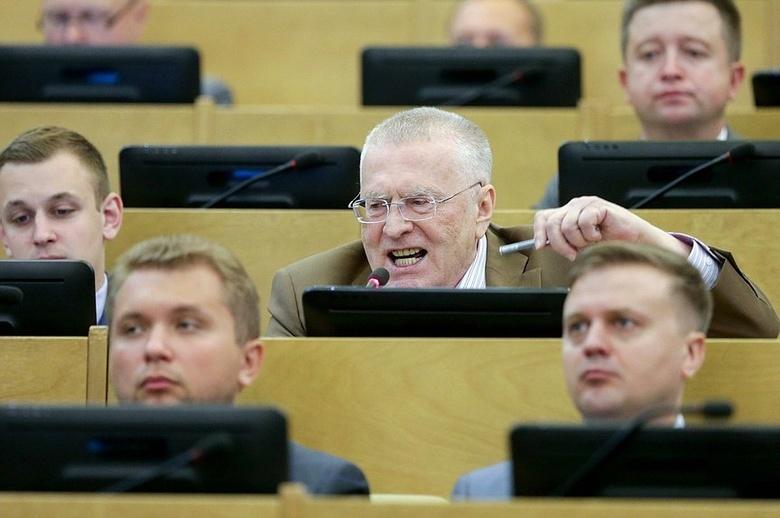 жириновский предложил списать кредиты россиянам