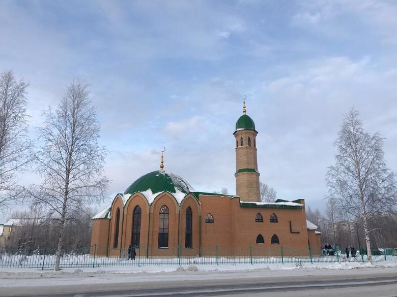 Мечеть открылась в Стрежевом спустя 9 лет после начала строительства