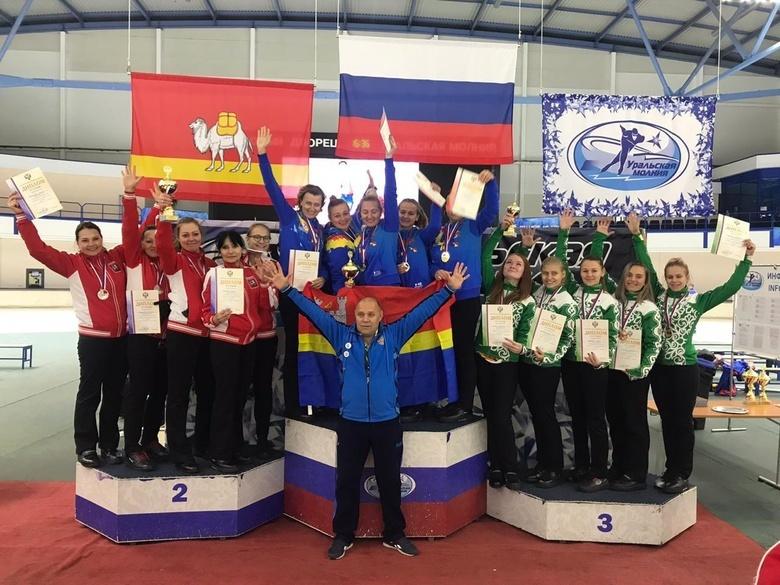 Томичи взяли золото и бронзу на чемпионате России по керлингу