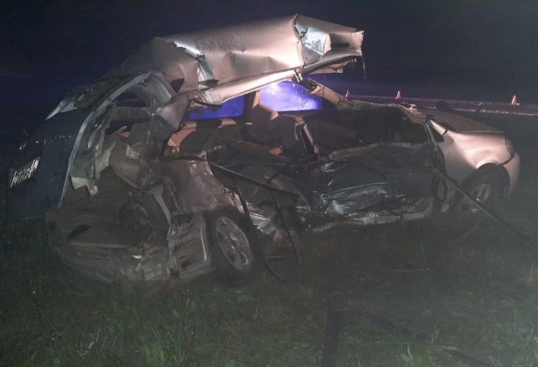 Один человек погиб и два пострадали в ДТП на трассе в Томской области