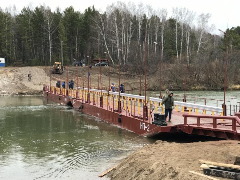 Понтонный мост через реку Яя откроется для большегрузов 1 ноября