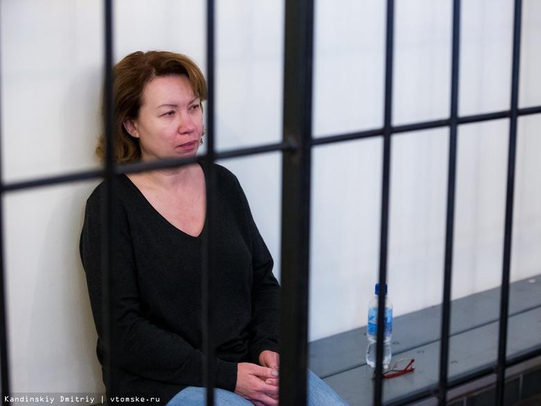 Суд еще на месяц оставил экс-заммэра Подгорную под домашним арестом