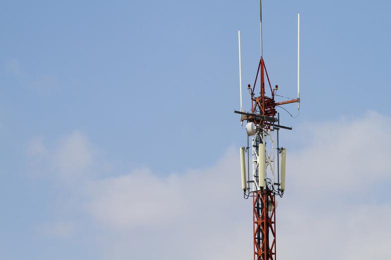 Жители 30 отдаленных томских поселков с октября могут остаться без сотовой связи