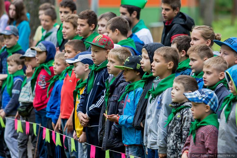 Более 60 тысяч томских школьников отдохнули летом в лагерях и санаториях