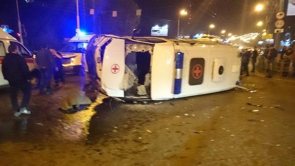 В ДТП на Комсомольском попала «скорая» (фото)