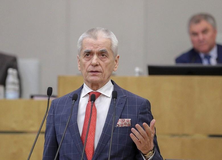 Онищенко заявил, что ношение масок должно стать элементом культуры в РФ
