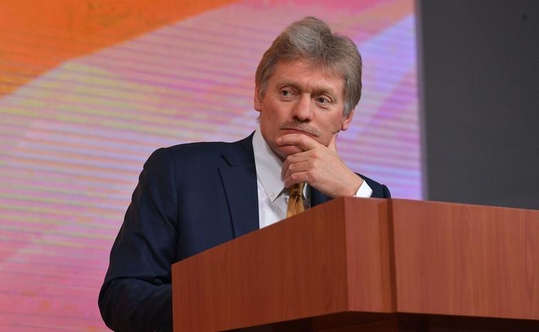 Песков заявил о «паузе вежливости» России по выборам в США