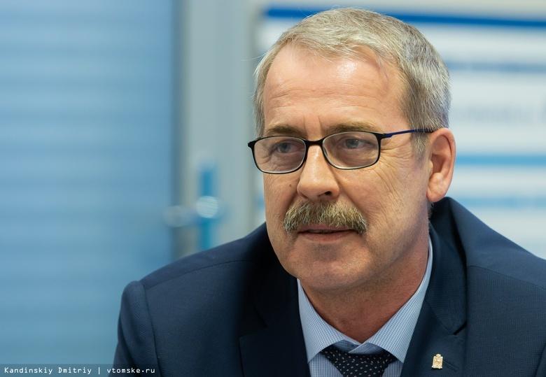 Источник: ФСБ и СК проводят обыски у заммэра Брюханцева по делу о растрате в КСО
