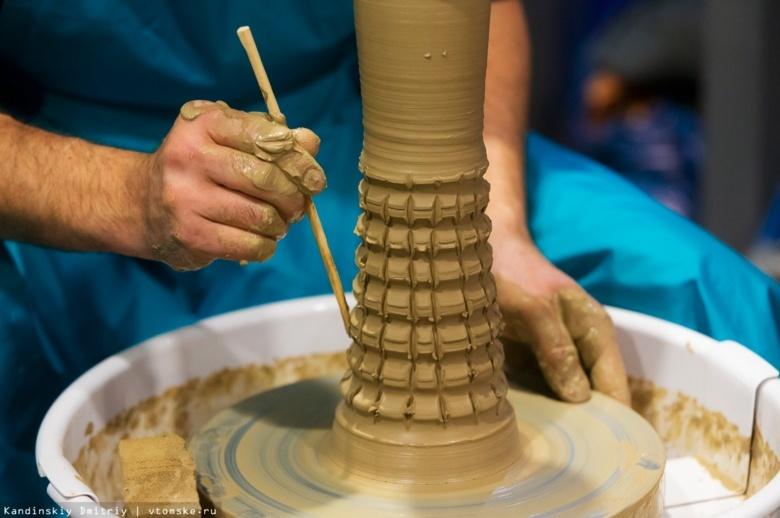 Необычные керамические холсты покажут томичам на фестивале керамики