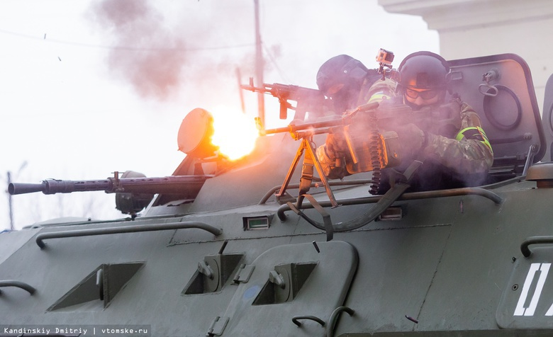 Террористы, стрельба и штурм: фоторепортаж с учений томских силовиков