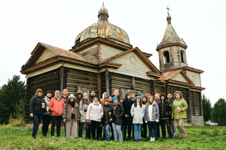 Волонтеры благоустроят в Нагорном Иштане прилегающие к храму территории
