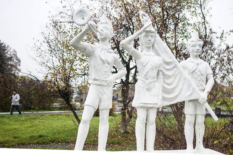Школьники Томского районададут клятву пионера и научатся бить в барабан