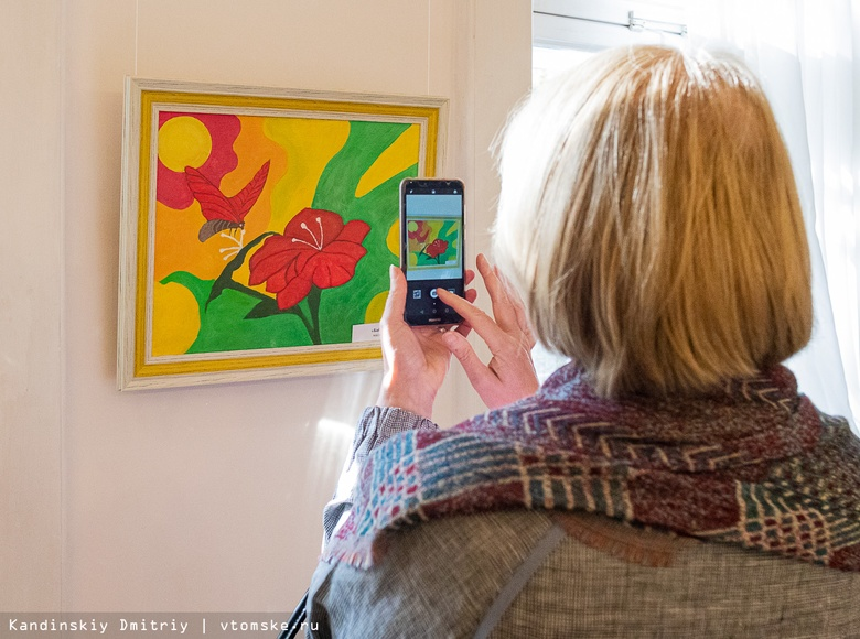 Выставка картин пациентов психиатрической больницы открылась в Томске