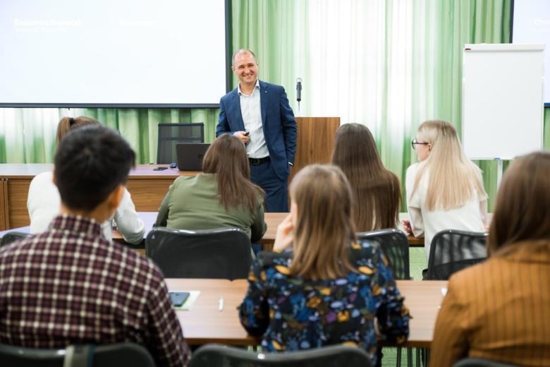 Сбербанк учит студентов финансовой грамотности
