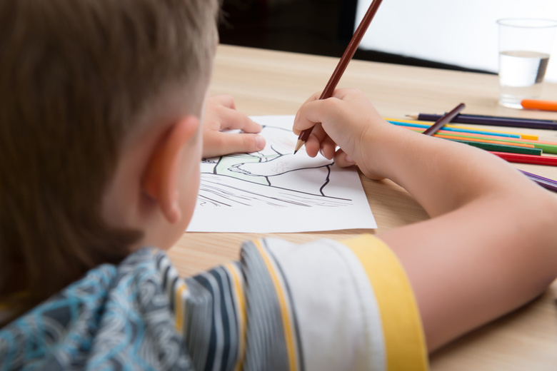 Число выявляемых детей-сирот в Томской области за 9 лет снизилось втрое