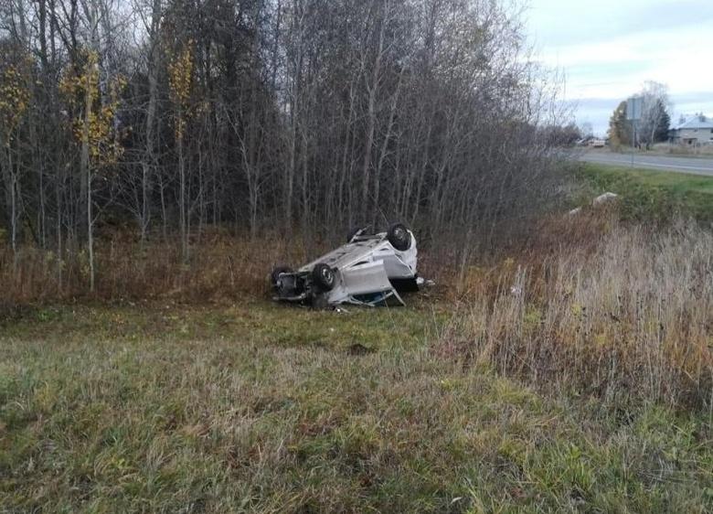 Двое взрослых и ребенок пострадали в ДТП на трассе в Томской области