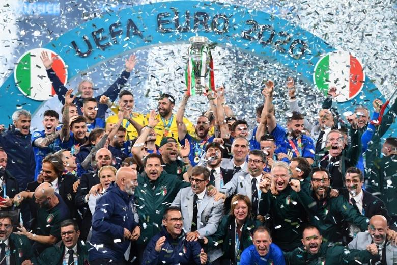 Сборная Италии стала чемпионом Европы. Англия проиграла в серии пенальти