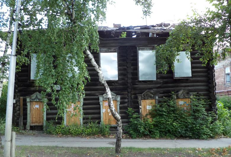 Власти не нашли инвесторов для восстановления 5 исторических домов Томска