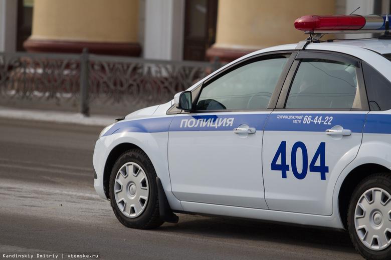 Водитель, наехавший на мусорный бак в Томске, не имел прав