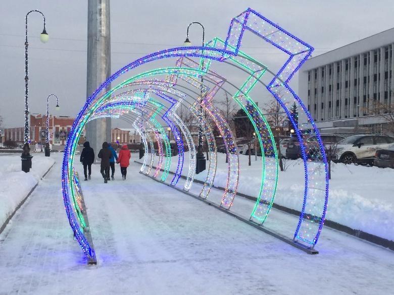 Светодиодный «тоннель желаний» появился у томского театра драмы