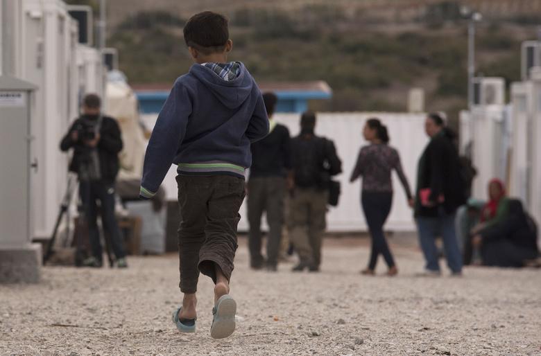 Фийон пообещал ввести квоты на мигрантов