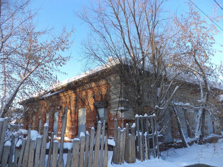 Инвестор восстановит каменный дом-памятник в историческом районе Томска