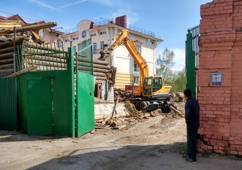 Власти: снос старинного дома на Шишкова в Томске является незаконным