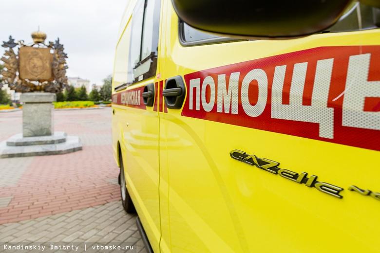 Спешим на вызов: больницы Томской области получили новые автомобили скорой помощи