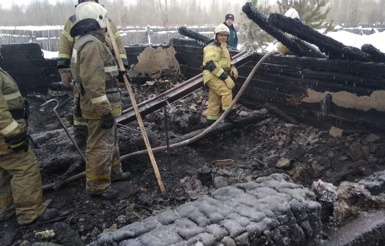 Спецборт МЧС доставит в Узбекистан тела погибших в пожаре под Асино