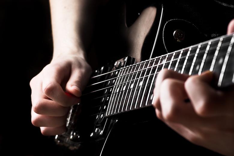 Томичей приглашают на концерт юных исполнителей песен под гитару