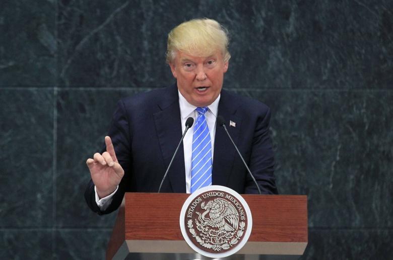 Трамп раскрыл имя основного претендента на пост главы ФБР