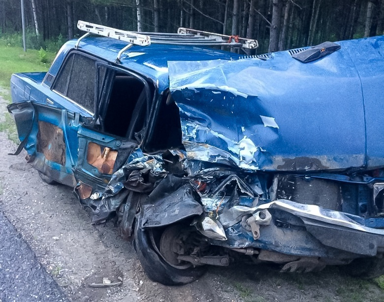 Пьяный водитель ВАЗа сбил мотоциклиста, выехав на «встречку» на томской трассе