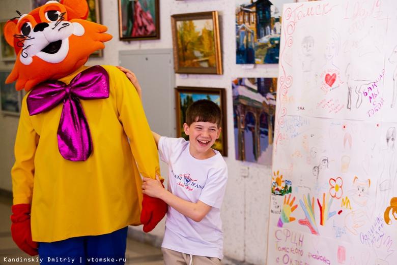 Песни, танцы и детский смех: как в Томске прошел фестиваль творчества «Вверх»