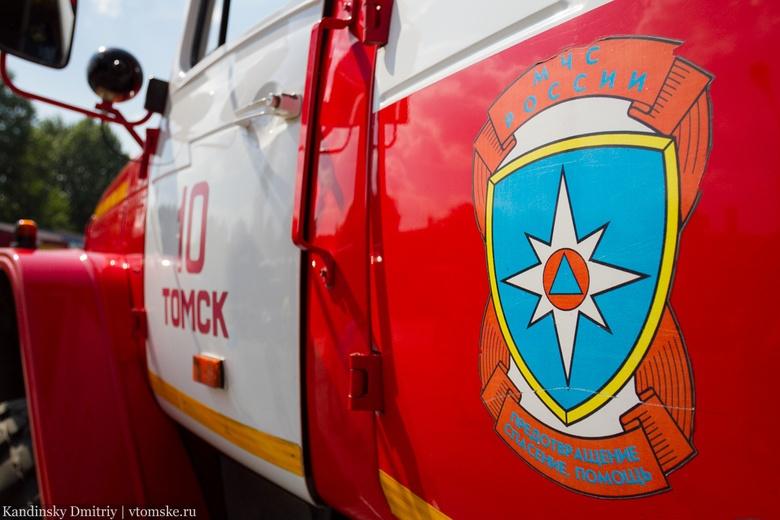 Ехавшая к месту ДТП пожарная машина столкнулась с иномаркой в Томске