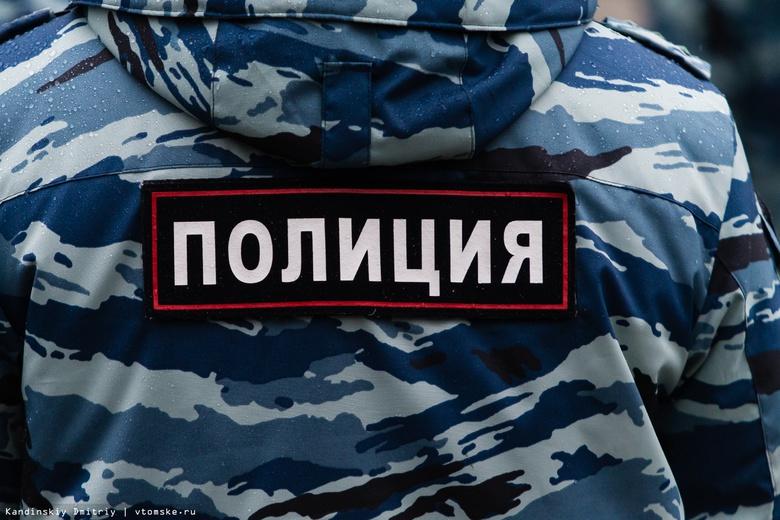 Автобус с нелегальными мигрантами задержали томские полицейские