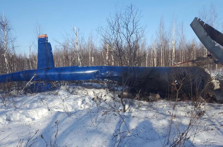 Следователи рассматривают 2 версии крушения вертолета в Томской области