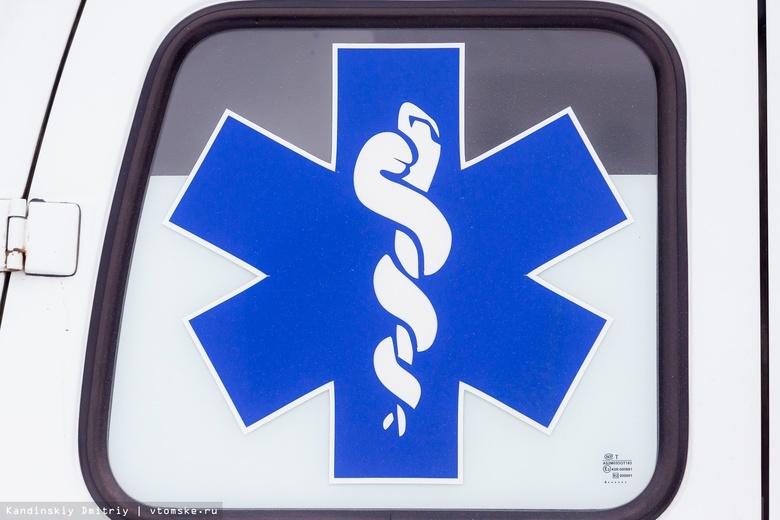 Двое попали в больницу после столкновения Toyota и Nissan на томской трассе