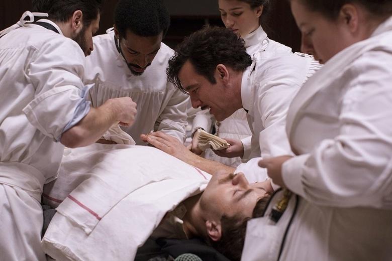 «Мы его теряем»: топ фильмов и сериалов о работе врачей