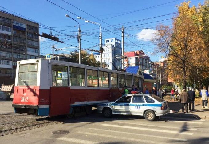 Трамвай сбил 84-летнюю женщину в Томске